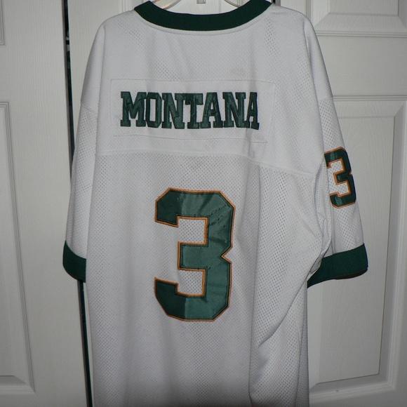Vintage Joe Montana Notre Dame Football Jersey. M 5b85f88ebaebf638e49fcbd1 28a57a627